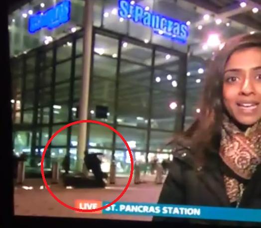 Motorbike crashes into pedestrian behind this news reader live on TV